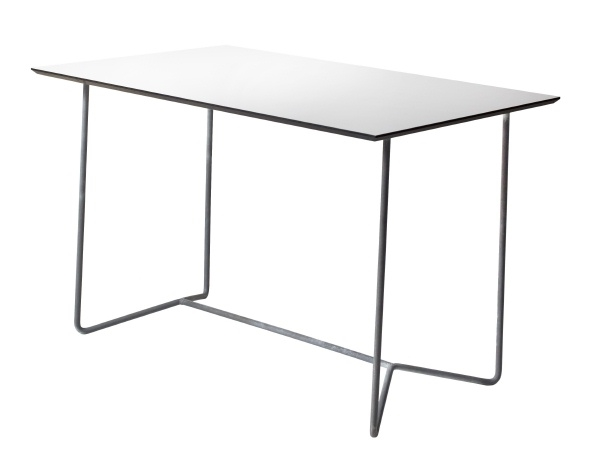 Table HIGH-TECH 110 in white hard laminate with galvanized base - Köp